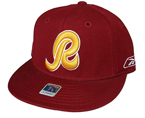 0540cb247 Amazon.com : NFL Team Apparel Washington Redskins Fitted Size 7 1/4 ...