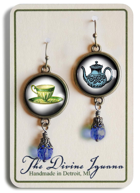 Blue teapot and teacup earrings
