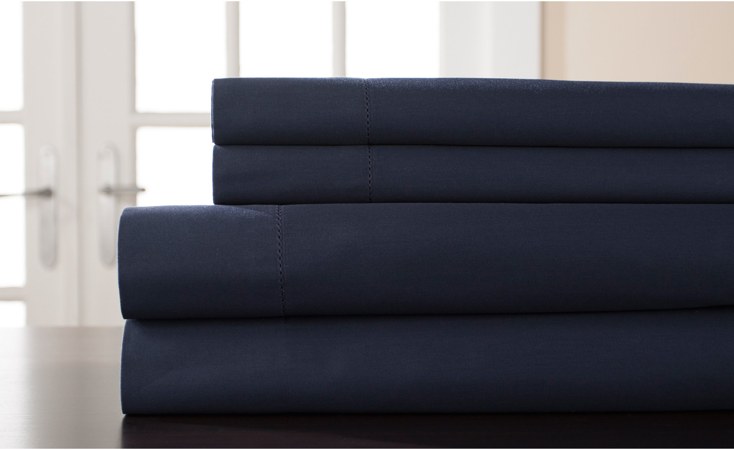 PH 4 Piece King Navy Blue Weave Sheet Set, Classic Shabby Chic & French Country Style, Solid Colour Pattern, Cotton & Sateen Material, Fully Elasticised Fitted Sheet, Machine Wash - Dark Blue