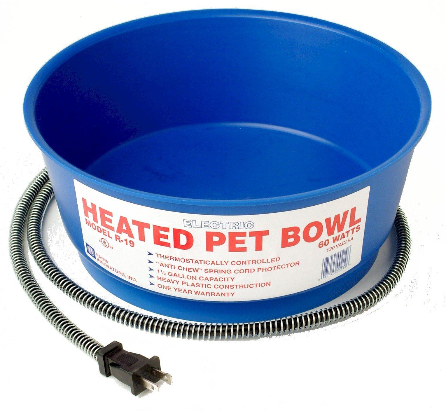 Farm Innovators Model R-19 Economical 1-1/2-Gallon Round Heated Pet Bowl, Blue, 60-Watt by Farm Innovators
