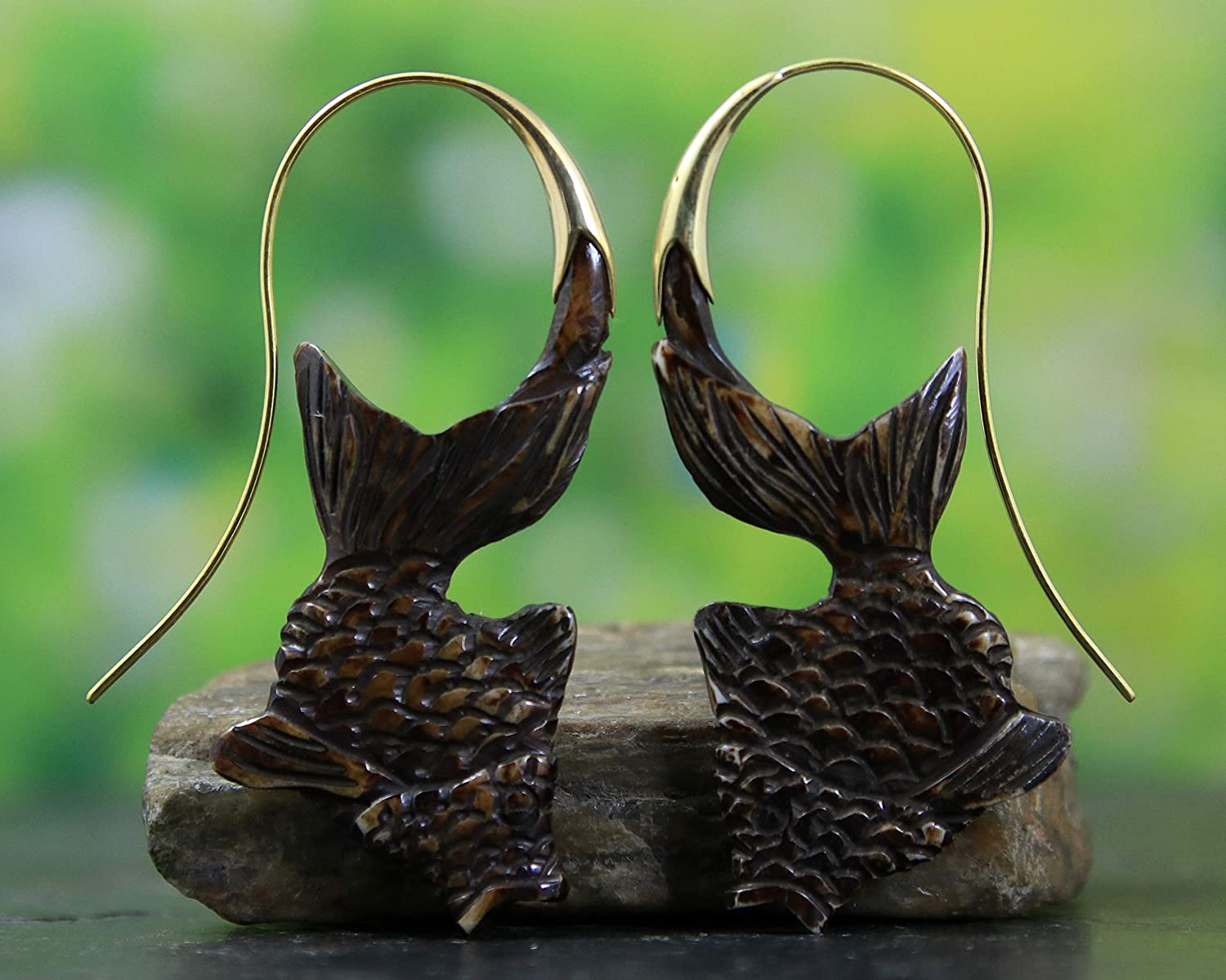 Sono Wood Hand Carved Earring Fish Pair