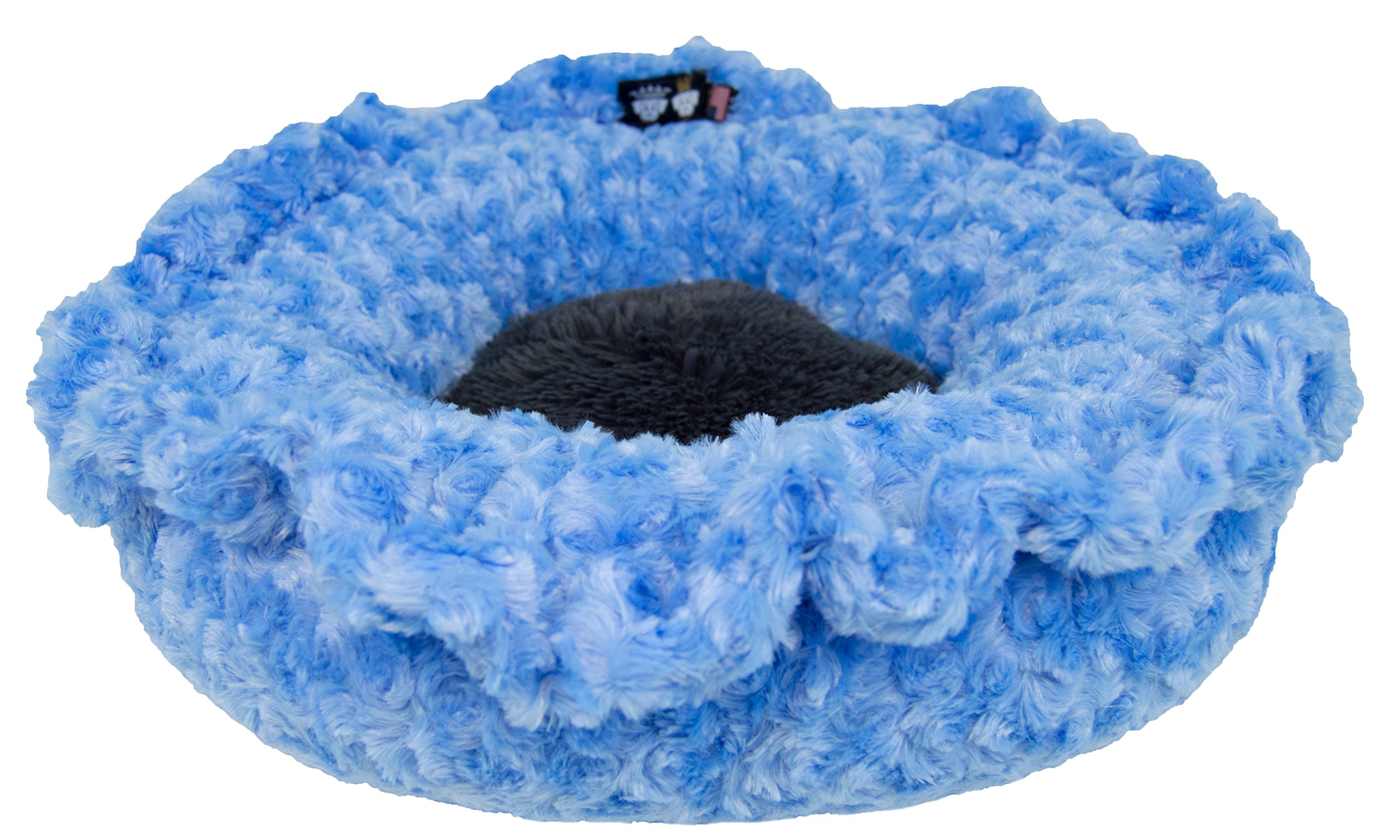 BESSIE AND BARNIE Ultra Plush Blue Sky/Wolfhound Grey (Patch) Shag Luxury Shag Deluxe Dog/Pet Lily Pod Bed by BESSIE AND BARNIE