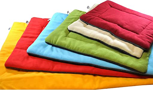 Downtown Pet Supply Comfort Pet Dog Kennel Crate Mat and Nap Pad (Blue, Red, Maroon, Green, Tan, Fiesta, Oatmeal, Brown, Silver - X-Large, Large, Medium, Small, X-Small)