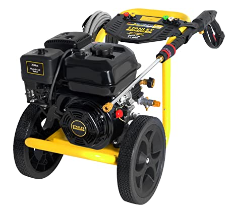Stanley FATMAX SXPW3425 3400 PSI @ 2.5 GPM Gas Pressure Washer Powered on