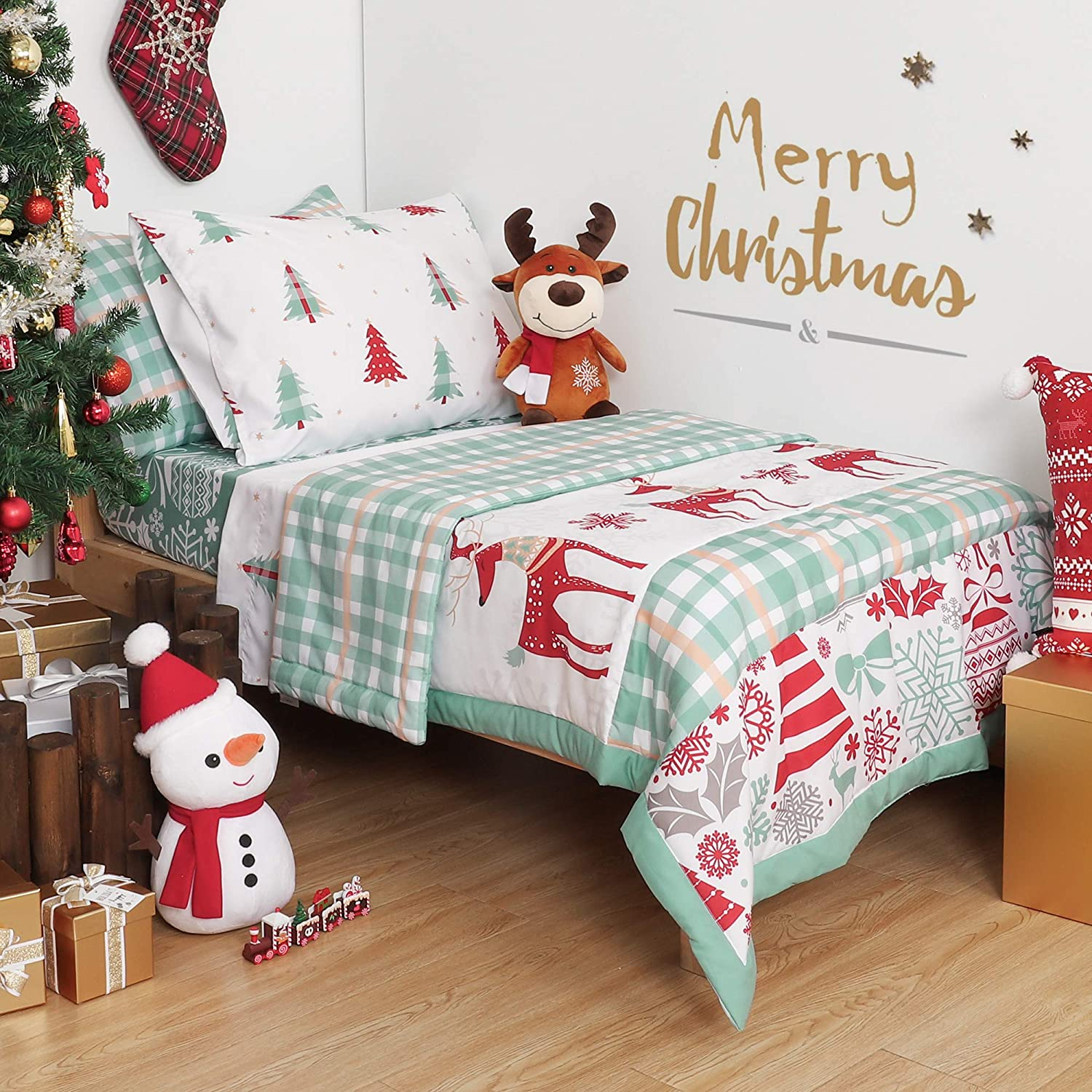 TILLOU Christmas Toddler Bedding Set (Embroidered Quilt, Fitted Sheet, Flat Sheet, Pillowcases) - Microfiber Printed Nursery Bedding for Boys Girls, Merry