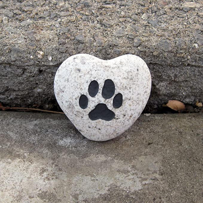 Garden Age Supply Paw Engraved Stone Heart Shaped Inspirational Sandblast Stone, Perfect Gorgeous Unique Gift Ideas, Natural Beach Pebble Rock