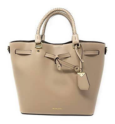ed68d767311c Image Unavailable. Image not available for. Color  Michael Kors Blakely  Medium Bucket Bag