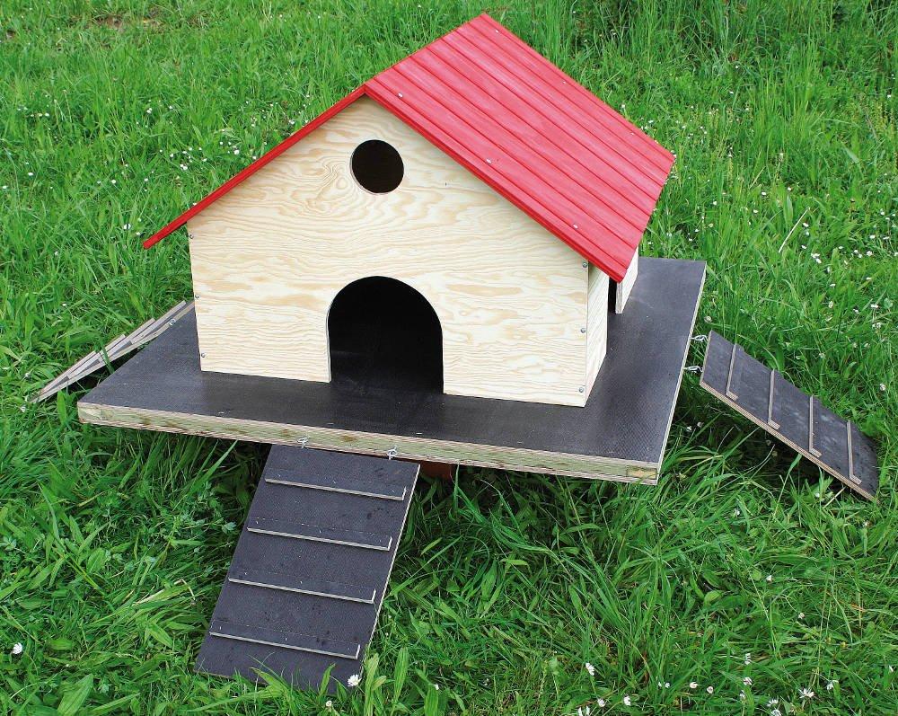 Elmato 14888 Duck House for Pond Ducks