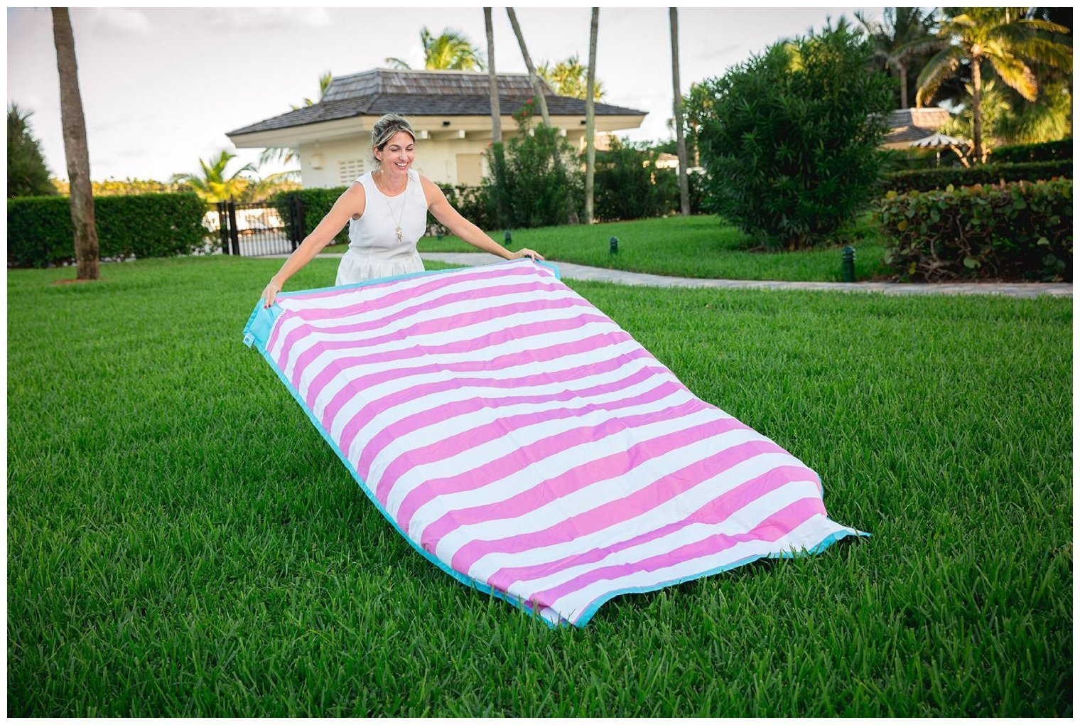 Palm Beach Crew Brilliant Blanket and Wet Bag Collection, Cabana Pink by Palm Beach Crew (Image #1)