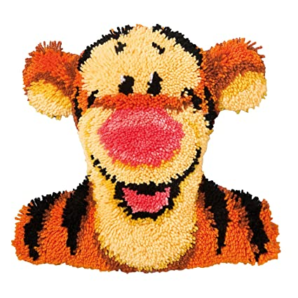 Amazon.com: Cojín con forma de Disney Winnie the Pooh Tigger ...