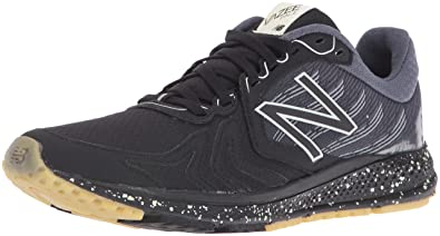 New Balance Men's Vazee Pace V2 Protect Pack Running Shoes, Black/Silver, 7
