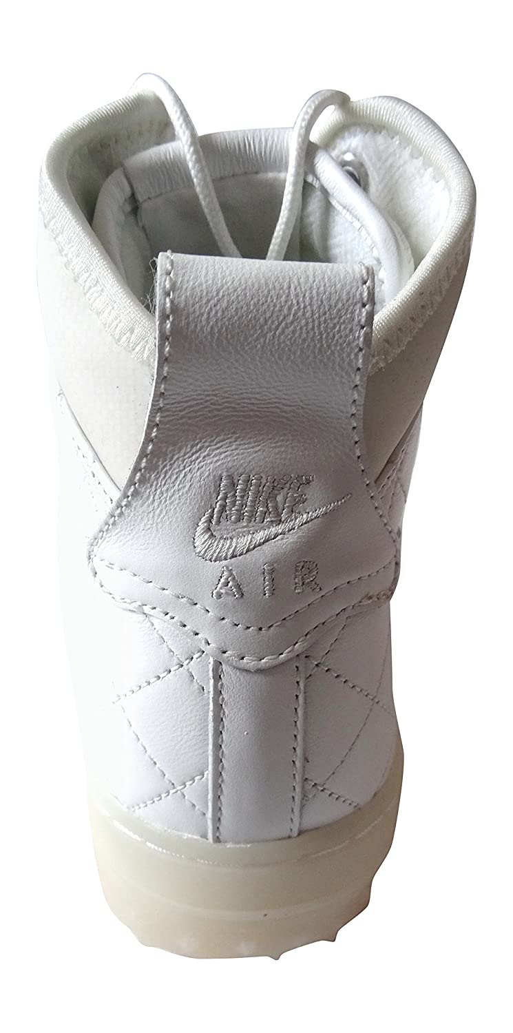 Amazon.com   Nike Men s Air Force 1 Duckboot Qs Leather Sneakers   Sports    Outdoors 63d8b59b26