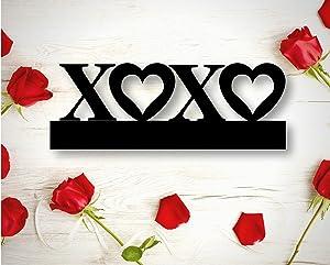 EricauBird XOXO Sign XOXO Wall Art Decor Metal Sign Cutout Home Wall Decoration Couple Newlywed Gift Valentine's Day Gift
