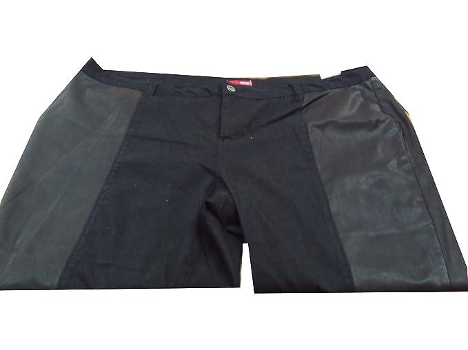 e13e12e102e Junior Plus Size 20W Bongo Jeans Black Half Pleather Pants  Amazon ...
