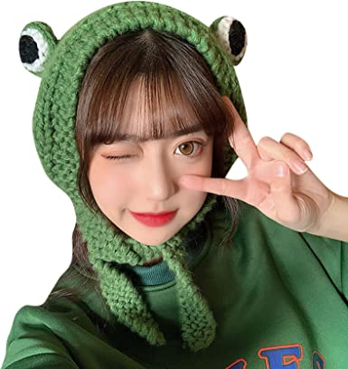 Passover Green Plush Frog Scarf Cap Knitted Woolen Frog Eye Beanie Hat Novelty Dress up Cosplay Costume Accessories Photo Props Party Favors for Women Ladies Girls Boys Holiday Presents