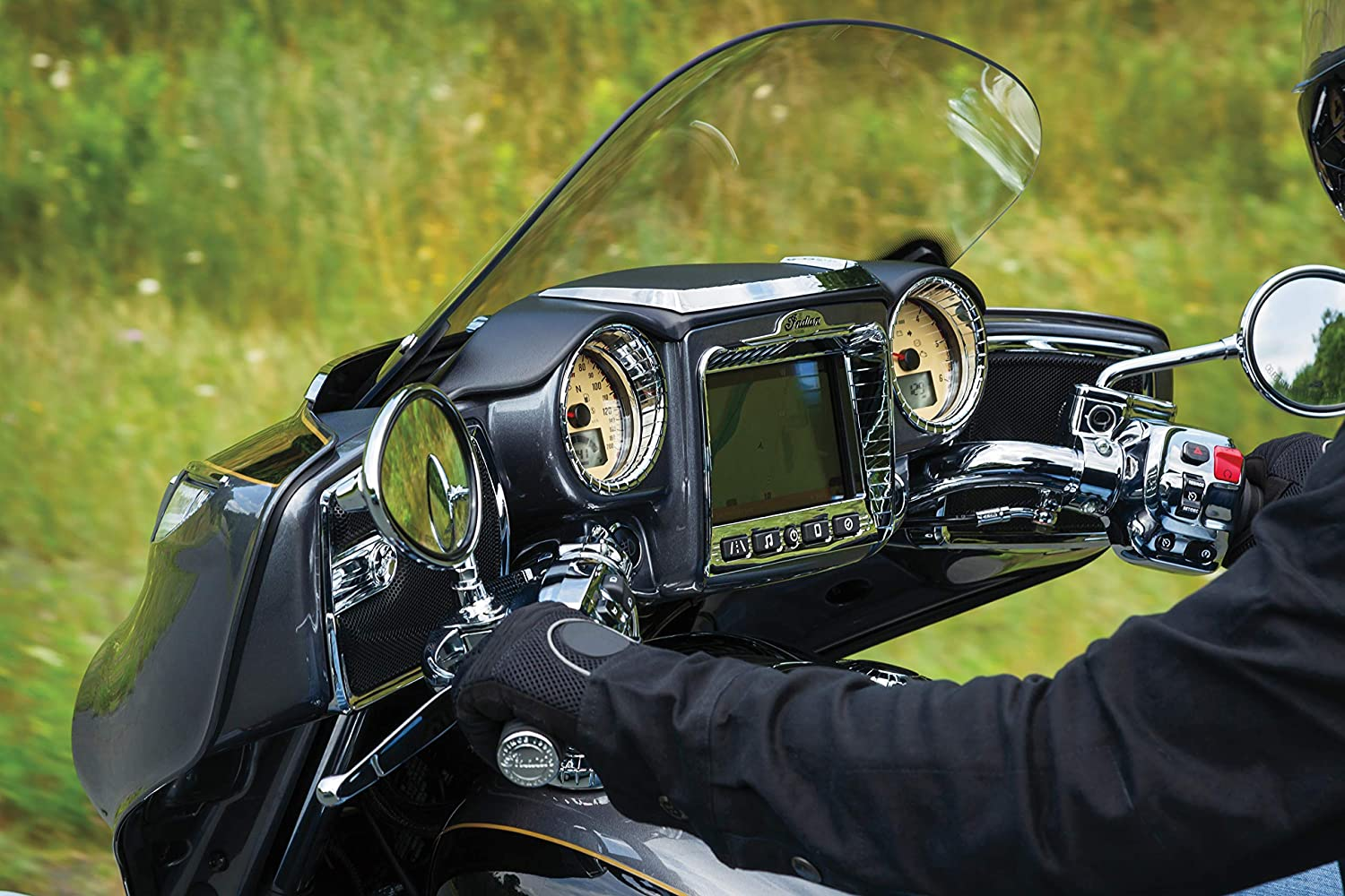 Aztec Gauge Cluster Accents for 2017-19 Indian Chieftains /& Roadmaster Motorcycles Kuryakyn 5186 Motorcycle Accent Accessory 1 Pair Chrome