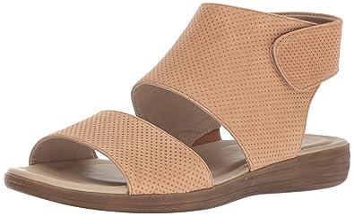 Naturalizer Women's Fae Flat Sandal, Gingersnap, ...