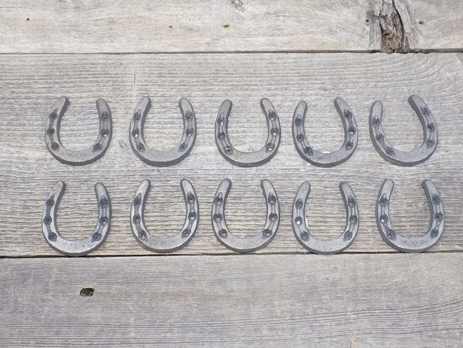 SMALL CAST IRON HORSESHOES • CRAFTS HOME DÉCOR, HORSESHOE/HORSE SHOE, SMALL TINY NIKNAK - PACK OF 10