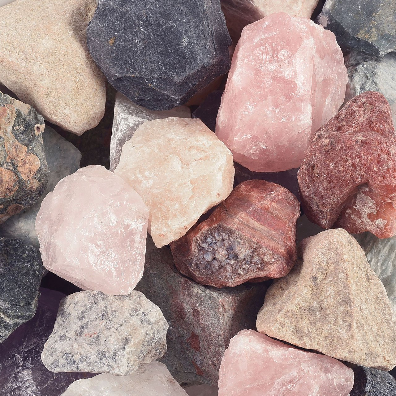 Top Plaza 1.9lb Bulk Rough Irregular Crystal Quartz 0.79-1.57\'\' Raw Natural Reiki Healing Assoirted Stones for Cabbing, Tumbling, Lapidary, Polishing, Wire Wrapping, Wicca
