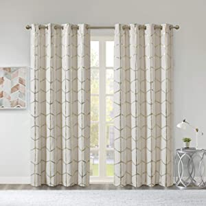 Intelligent Design Raina Total Blackout Metallic Print Grommet Top Window Curtain Panel Thermal Insulated Light Blocking Drape for Bedroom Living Room and Dorm, 50x84, Ivory/Gold