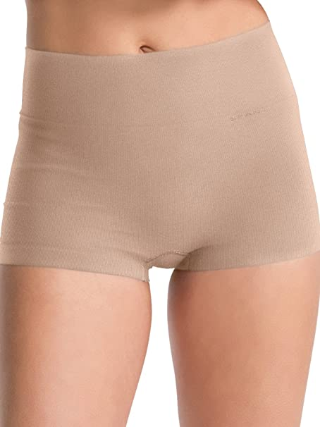 dccbd2656c1 Spanx Women s Everyday Shaping Panties Boyshort  Amazon.co.uk  Clothing