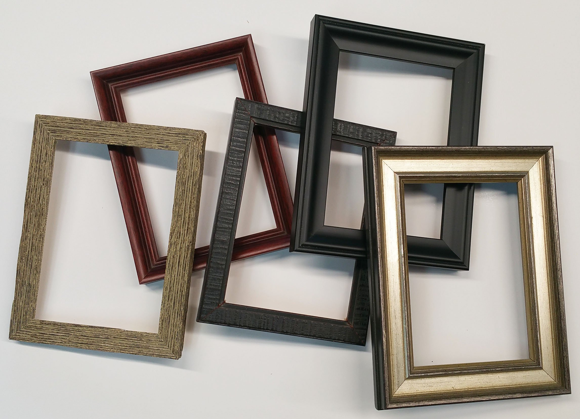 CountryArtHouse Five Pack of Premium Quality Solid Wood Picture Frames, 5'' x 7''