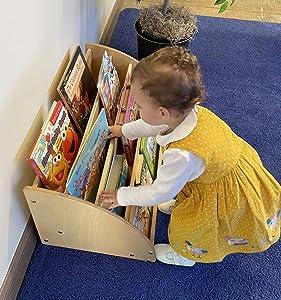 Kids' Station Toddler Book Display