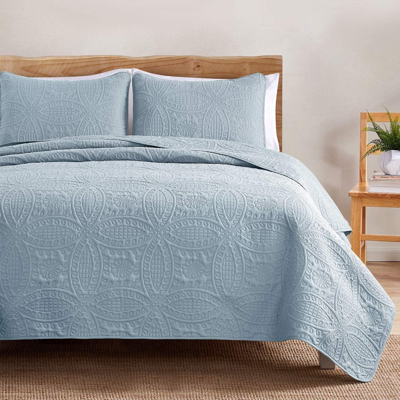 VEEYOO Bedspread Quilt Set King/Cal King Size - Soft Microfiber Lightweight Coverlet Quilt Set for All Season, Quilt Set 3 Piece (1 Quilt, 2 Pillow Shams), Baby Blue