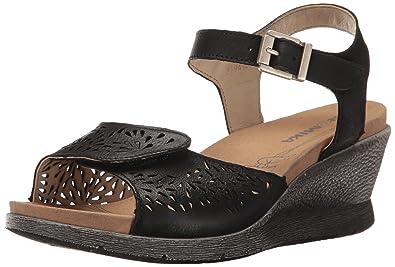 13f819ed749b Romika Women s Nevis 05 Wedge Sandal  Amazon.co.uk  Shoes   Bags