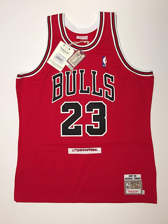 new concept bb4d0 c5a7c Amazon.com : Mitchell & Ness Michael Jordan 97-98 Chicago ...