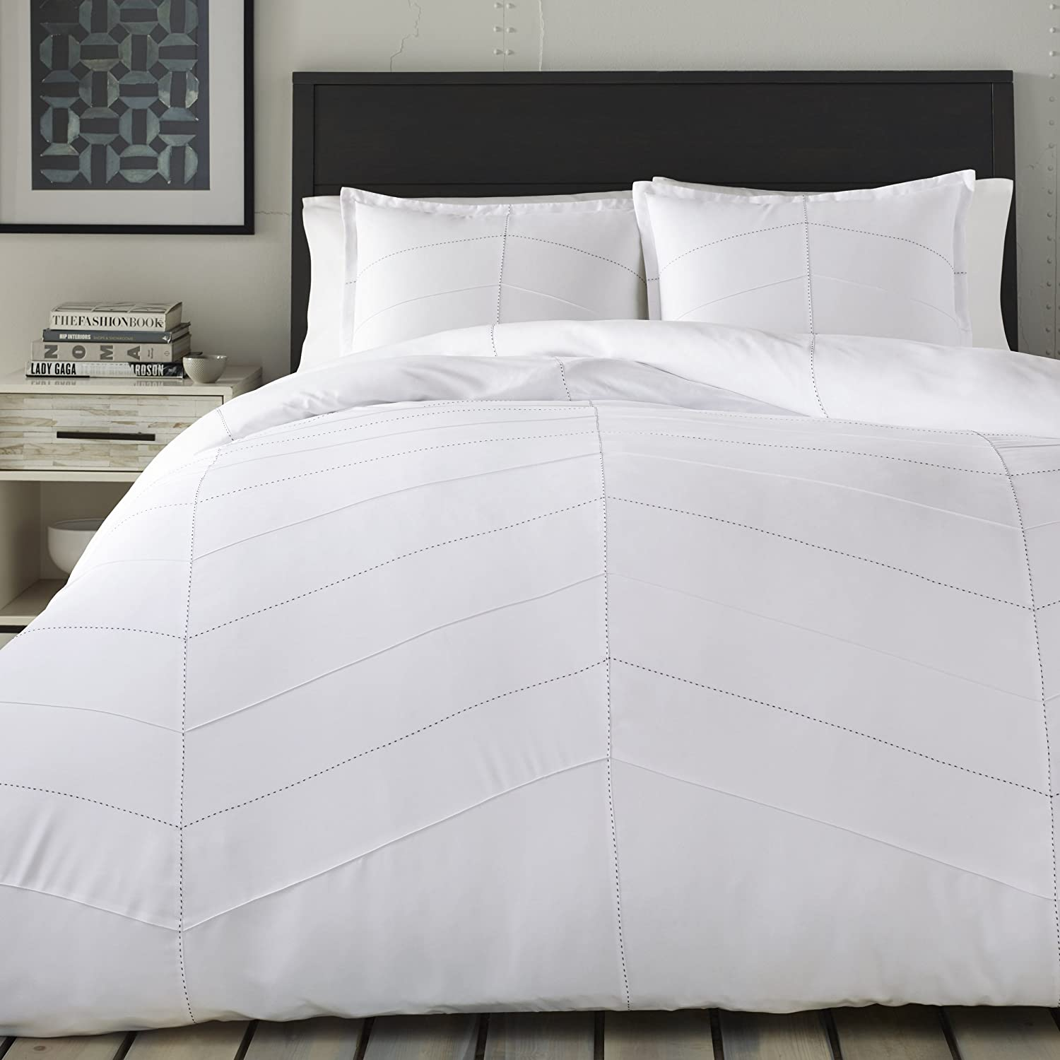 City Scene Courtney Duvet Cover Set, Twin, White Revman International 221928