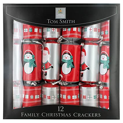 tom smith holly traditional cube christmas crackers 12 pack