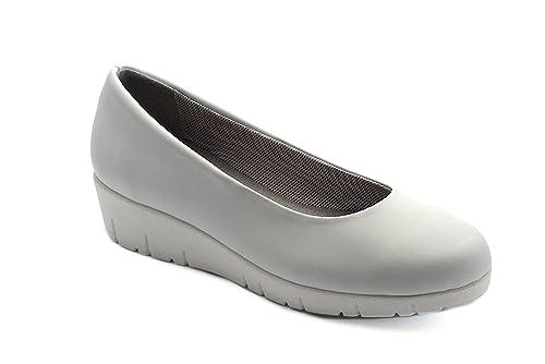 5b05ed4fd50e9 Oneflex Camile-MF Blanco - Zapatos anatómicos cómodos para Mujer  Amazon.es   Zapatos y complementos