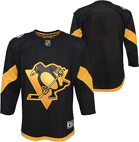 quality design be1a2 99f18 Amazon.com : Outerstuff Pittsburgh Penguins Stadium Series ...