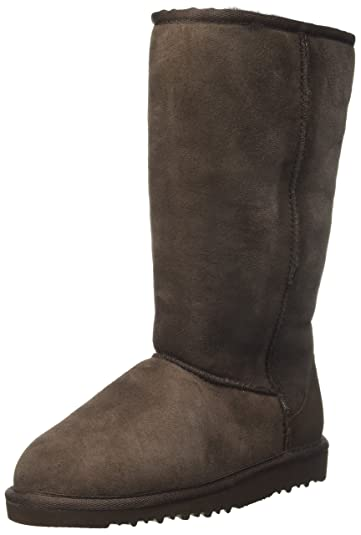 UGG Kids Girl's Classic Tall (Little Kid/Big Kid) Chocolate Boot 1 Little