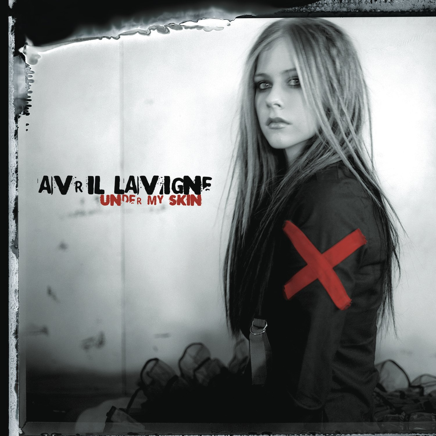 CD : Avril Lavigne - Under My Skin (CD)