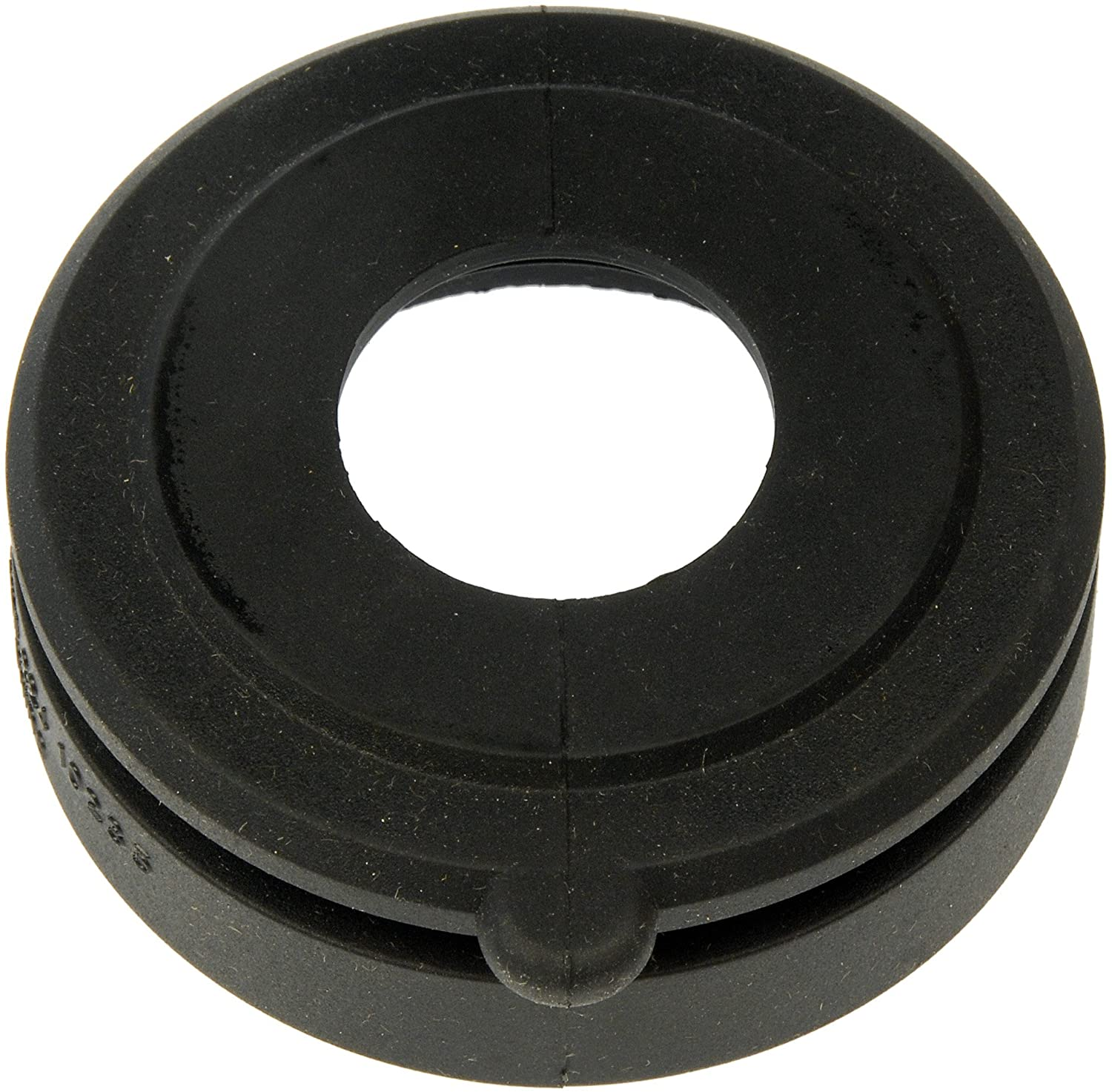 Fuel tank to filler pipe seal Type 25 to allow early tank to use plastic filler