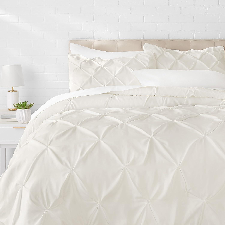 AmazonBasics Pinch Pleat Comforter Bedding Set, King, Cream