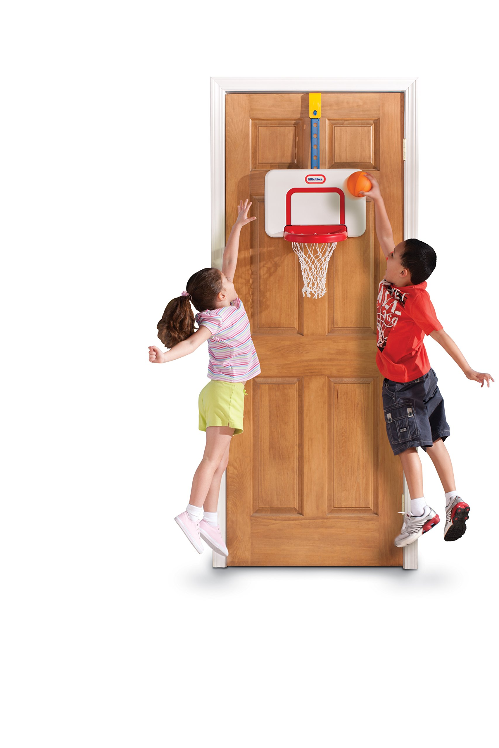 Little Tikes Attach 'n Play Basketball Set by Little Tikes