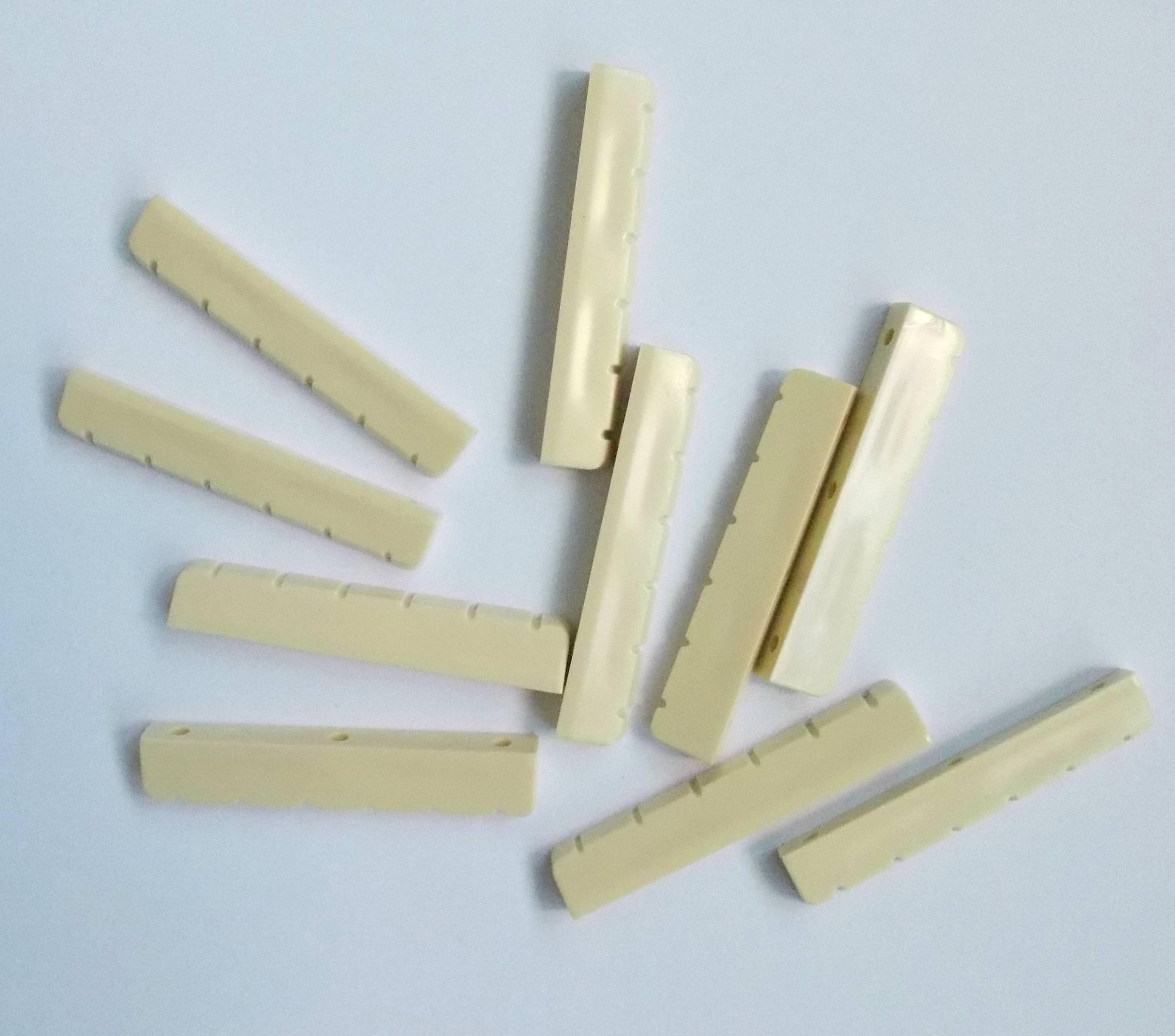 Generic 30 pcs Classical Guitar Nuts Plastic 52.5 x 6 x 9.3-8.8 Ivory