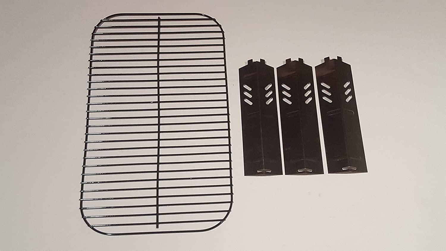 Set of Porcelain Steel Wire Cooking Grid Replacement and Three Heat Plates for Gas Grill Model Backyard Grill BY13-101-001-11 : Garden & Outdoor