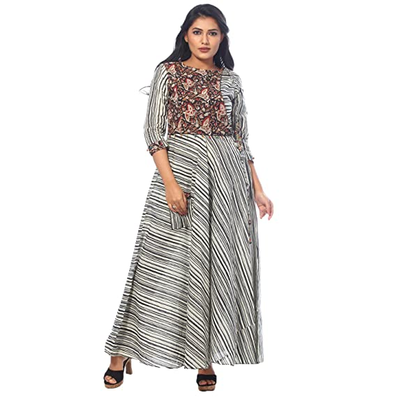 89aed7f164c Payal Womens Casual Wear Black Cotton A-line Printed Kurti  Amazon.in   Clothing   Accessories