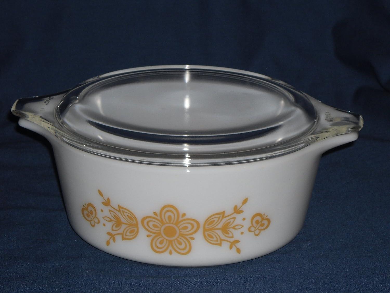 "PYREX ""Butterfly Gold 1"" Bake Serve Store Casserole Dish w/Lid - 1 1/2 Pint"