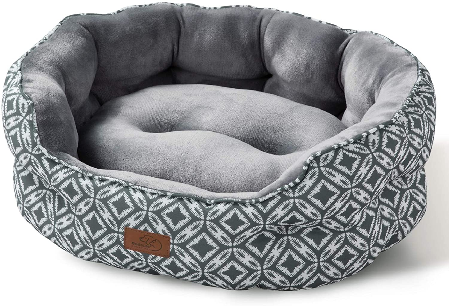Amazon Com Bedsure 25 Inch Small Dog Bed Cat Bed Round Pet Beds For Indoor Cats Or Small Dogs Round Machine Washable Super Soft Plush Flannel Pet Supplies Slip Resistant Oxford