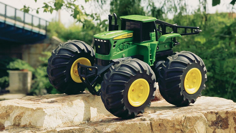 TOMY Traktor RC John Deere Monster Treads in grün