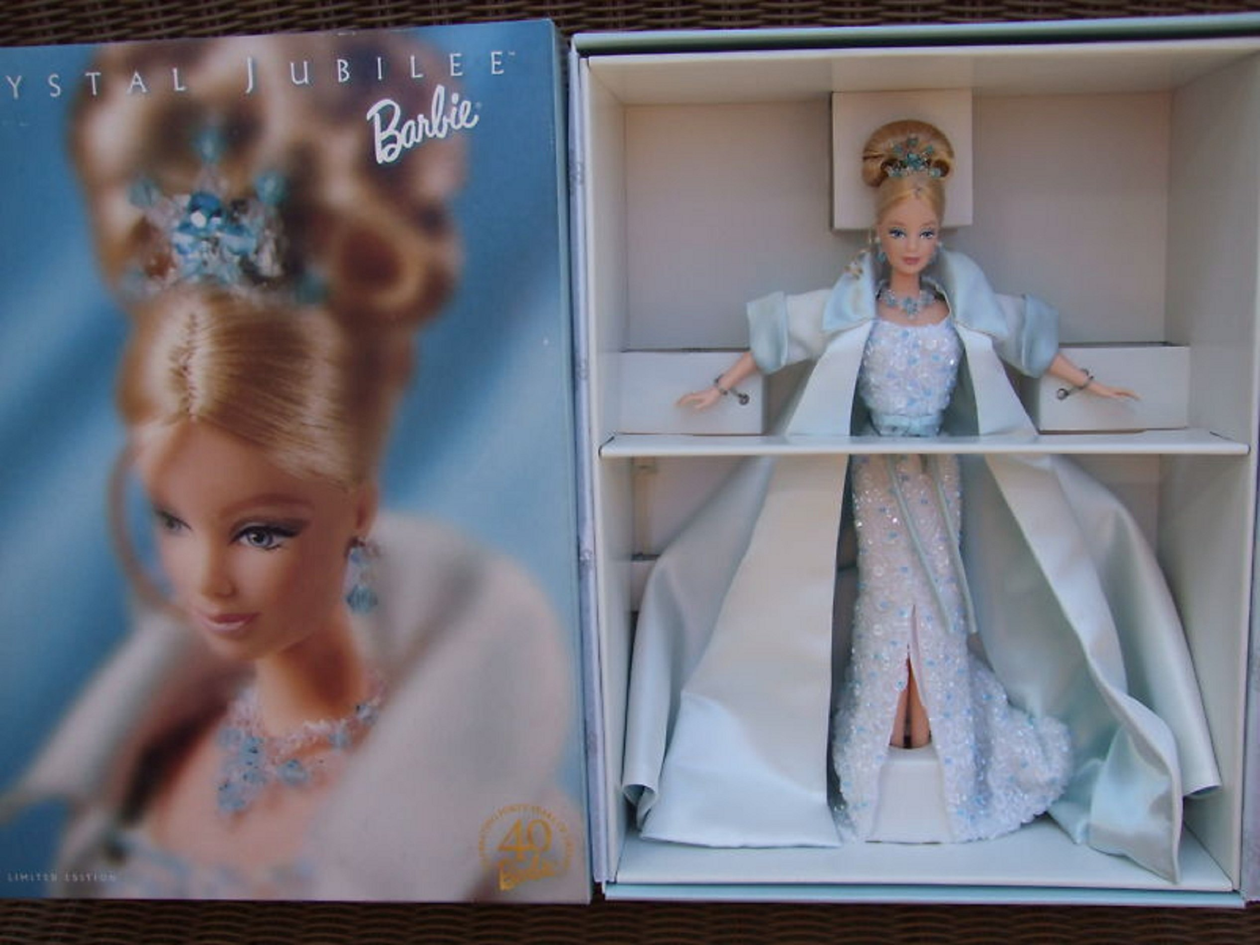 1999 Barbie Collectibles - Barbie 40th Anniversary - Crystal Jubilee Barbie