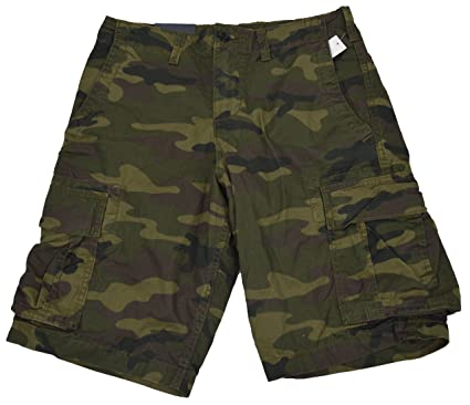 ddab09c7c5 GAP Men Green Camo Cargo Shorts | Amazon.com