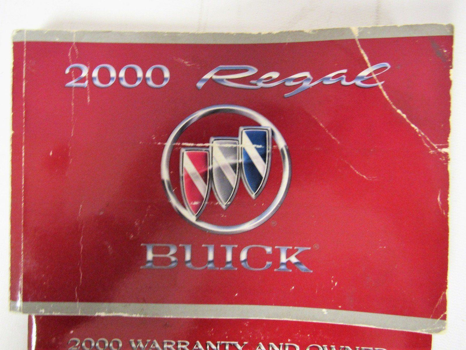 2000 buick regal owners manual guide book amazon com books rh amazon com 2000 buick regal ls owners manual 2000 buick regal ls owners manual