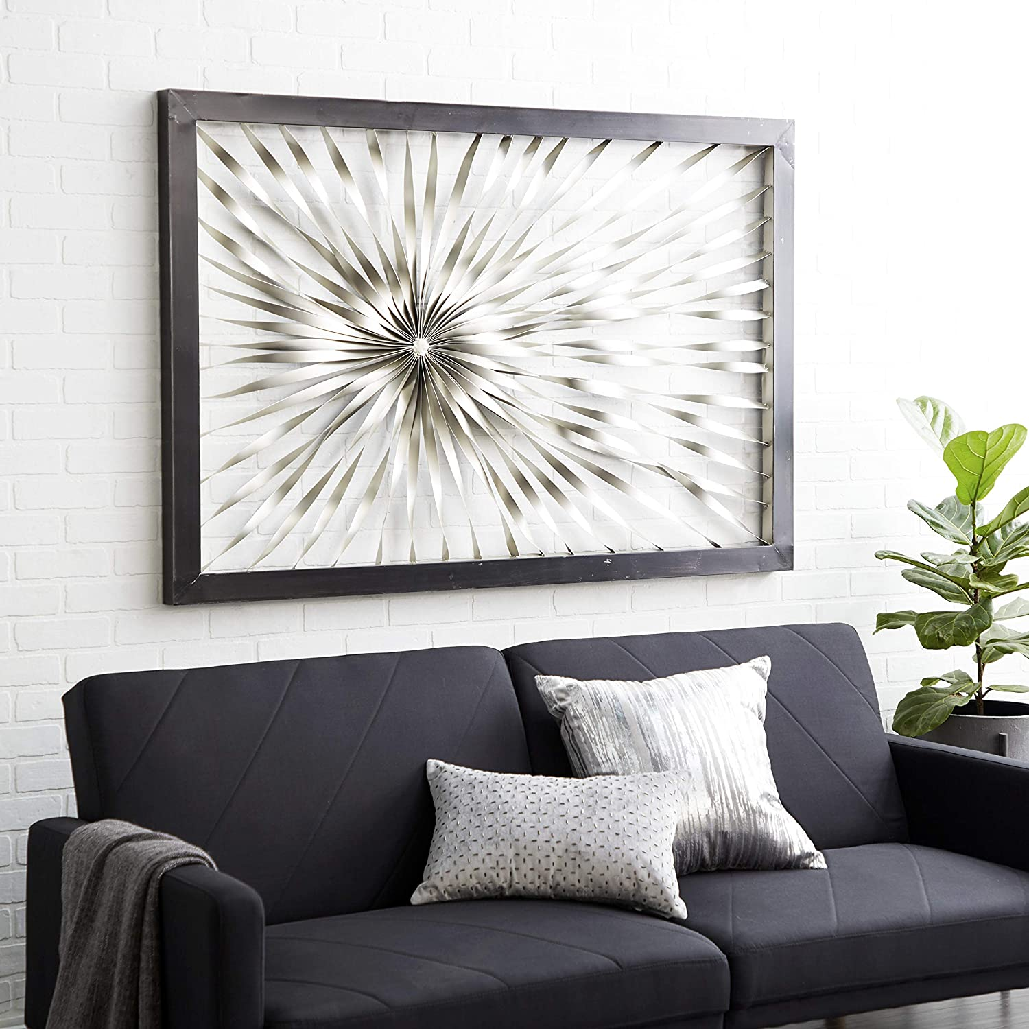 Deco 79 Metal Wall Decor, 60 by 40-Inch