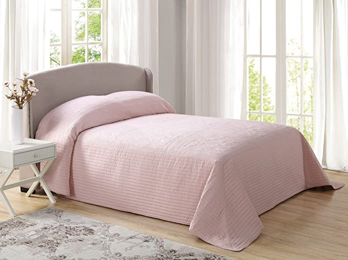 French Tile Quilted King Bedspread in Blush